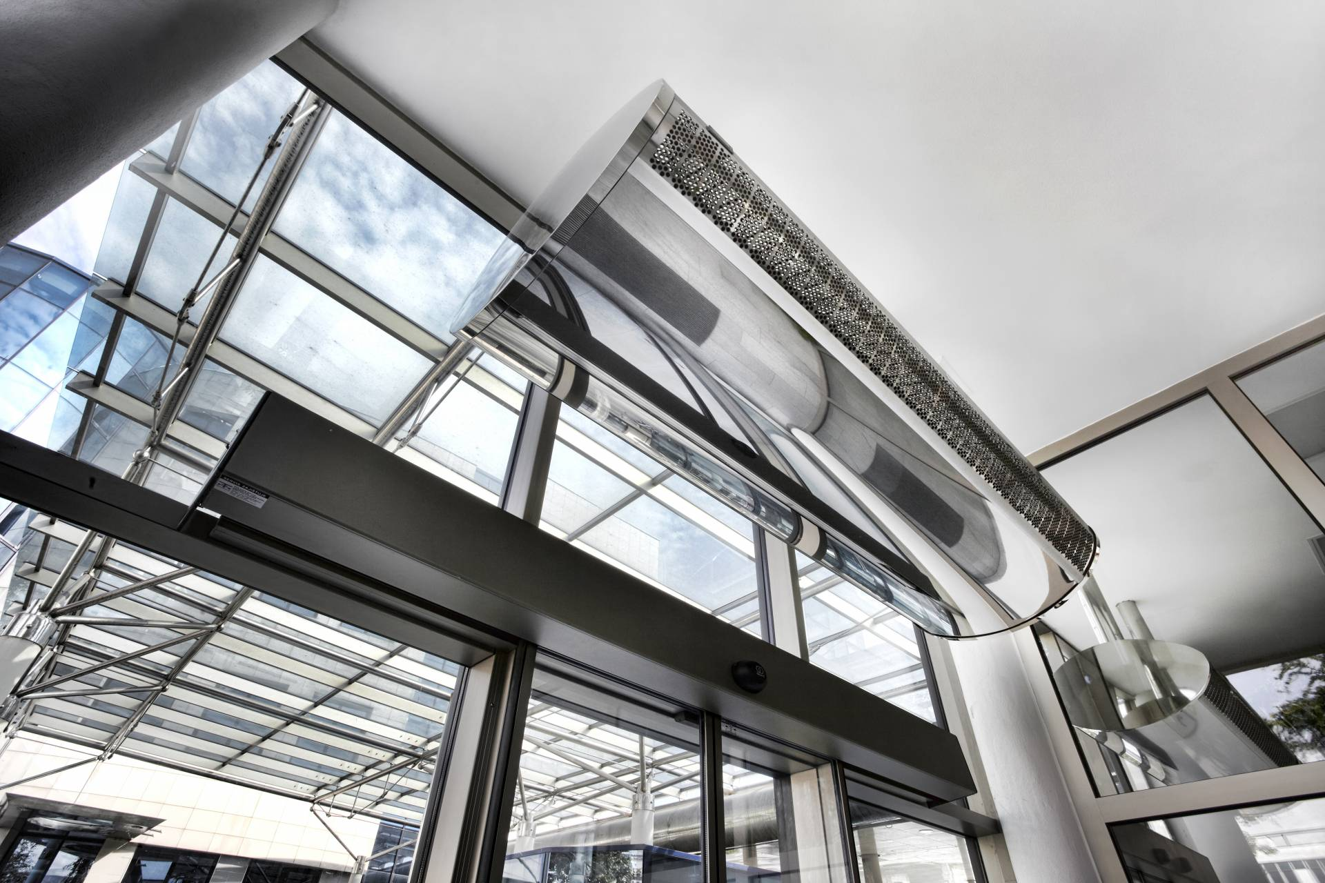 Perdele de aer - Design - Climatica SRL - Excelenta in Climatizare